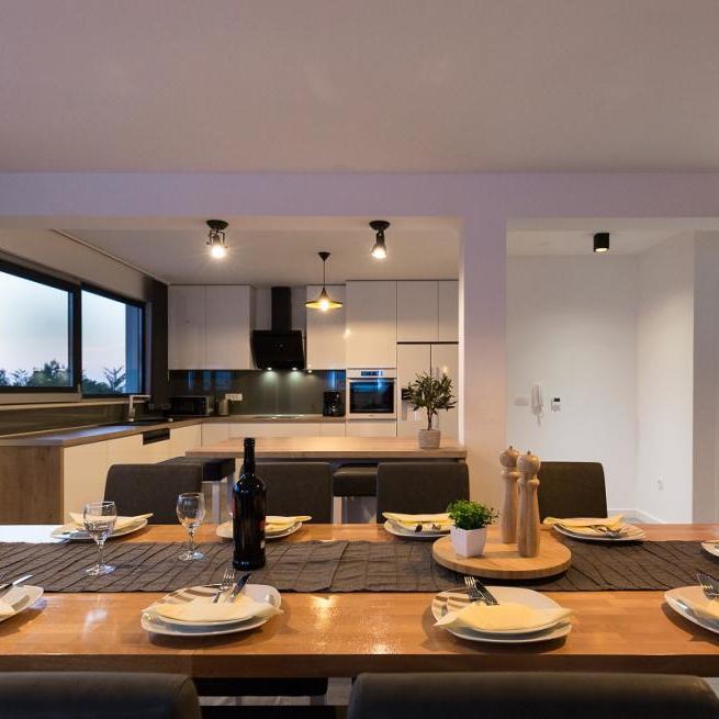 Einfamilienhäuser - Hornstein Immobilien